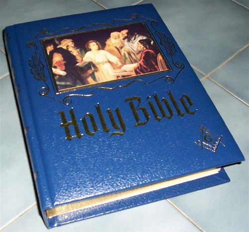 Bible cropped (Medium)